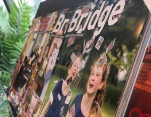 Tijdschriftenstandaard bridgebladen